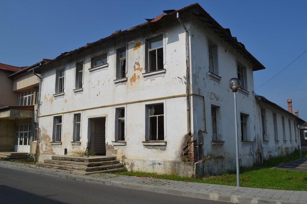 clădirea inainte de reabilitare
