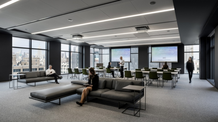 Biotronik-offices-by-Ted-Moudis-Associates-New-York-City-05.jpg