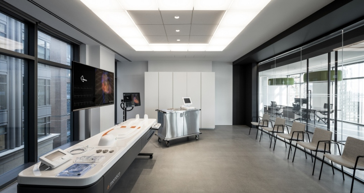 Biotronik-offices-by-Ted-Moudis-Associates-New-York-City-06.jpg