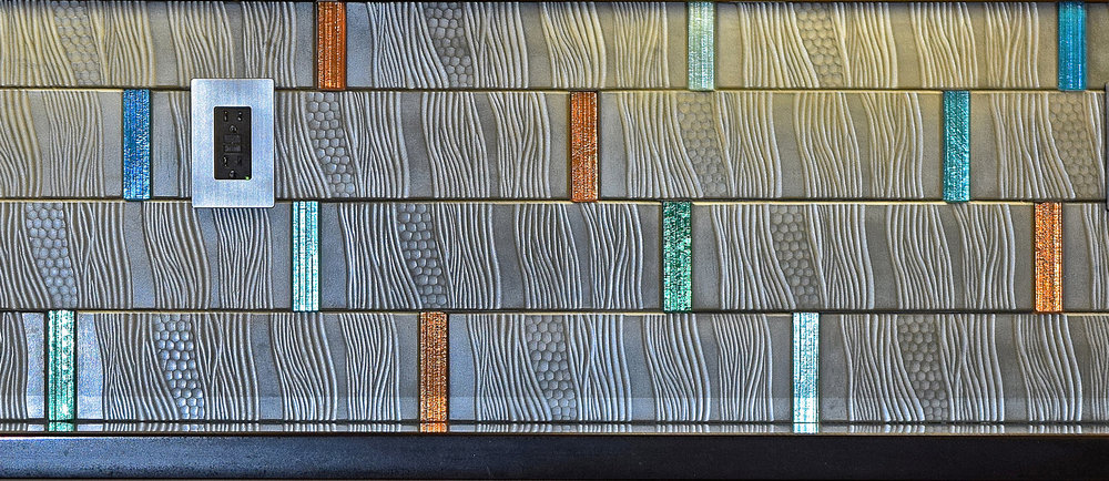 "4"" glass bands with tiles"