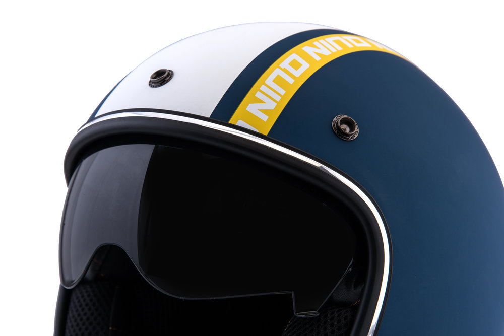 UV Sun Visor - The internal sun visor is built into both the Quin SpitFire and the Quin McQ helmet models. The tinted drop down visor puts control over distracting sun rays at your fingertips through a smooth analogue lever.