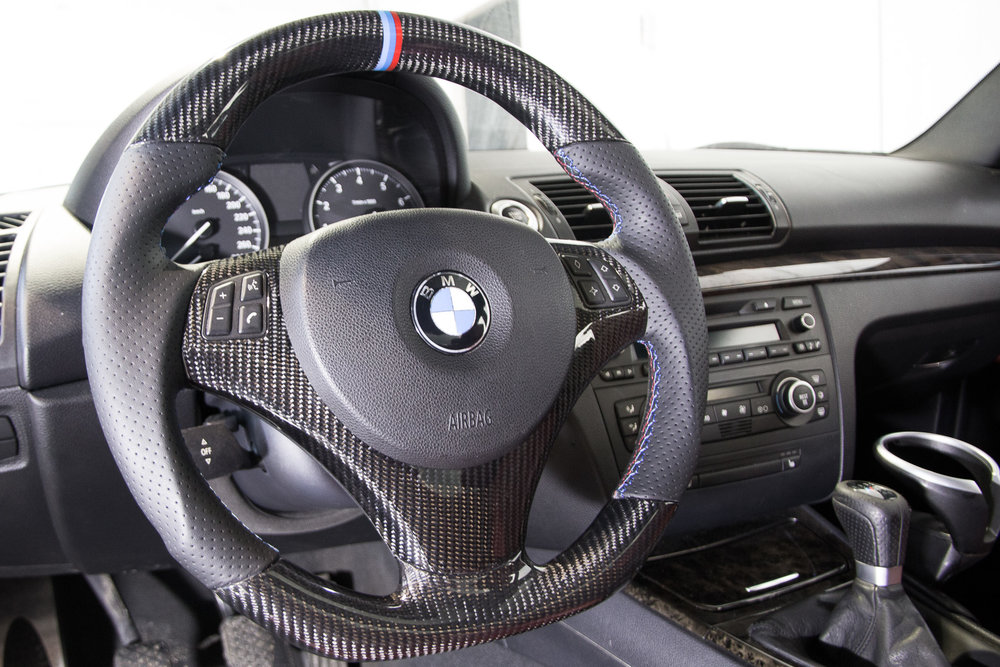 BMW-E92-cf-steering-wheel-2 (1).jpg