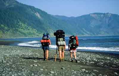 lost-coast-trail-hikers.jpg