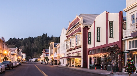 Ferndale Main Street at Christmas.jpg