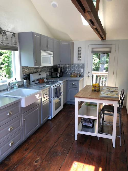 Ferndale Creekside Cottage Airbnb.jpg