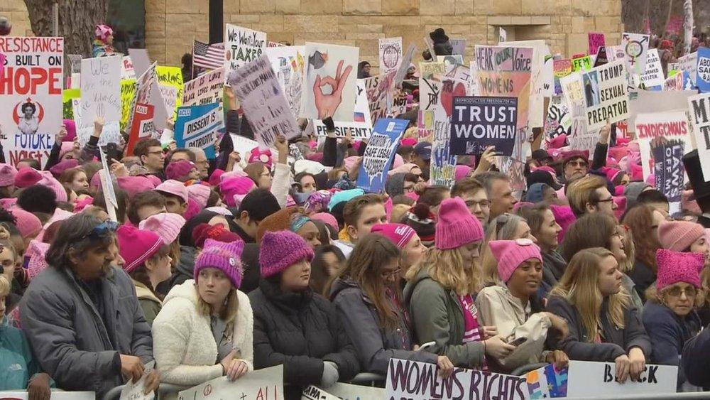 ¿Por qué marchamos?: Las protestas de mujeres contra Trump vistas por una experta en salud mental. Published by: Univision