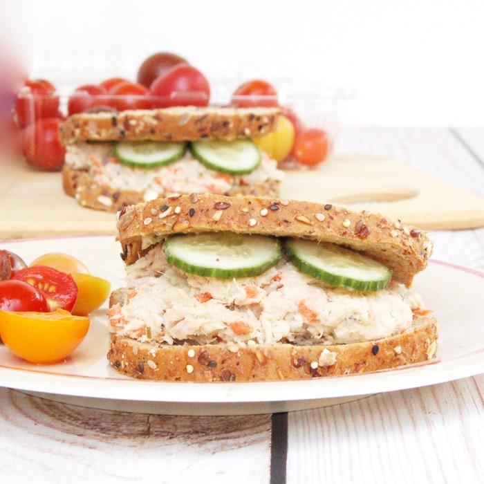 Tuna-Hummus-Salad_0109-1.jpg