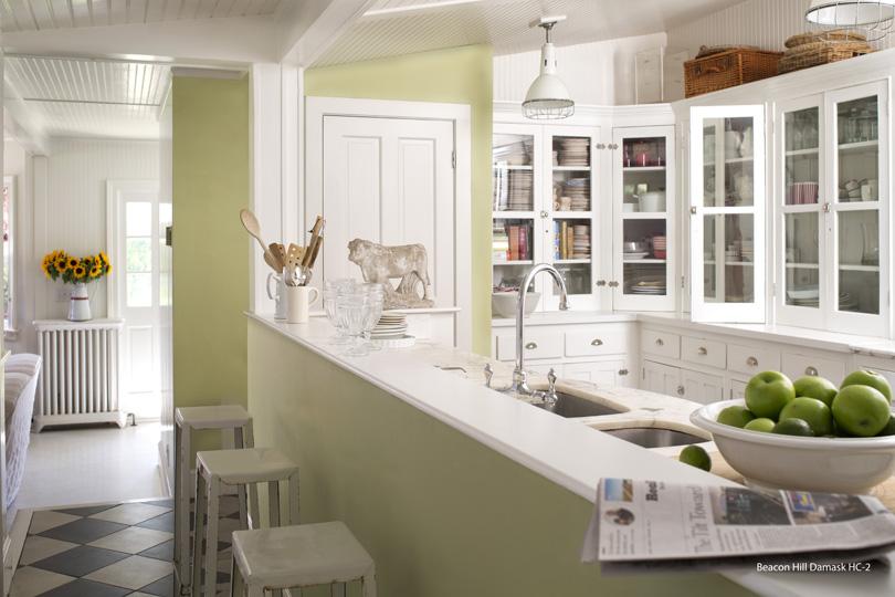 13b_kitchen_beaconhilldamaskHC2.jpg