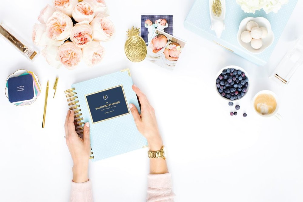 the talented shay cochrane creates beautiful flat lays for CLIENTS like emily ley and her simplified planner. photo via emilyley.com