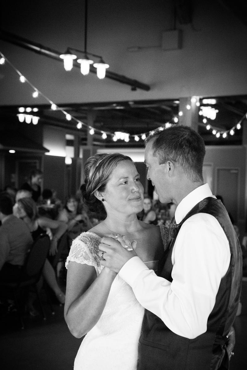 Fricanos Place-Lakeshore-Muskegon-Lake-Wedding-Photography-Photographer-First Dance-Michigan-West Michigan.jpg