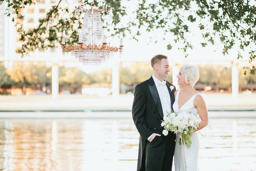 Great Gatsby Themed Wedding At The Omni Mandalay Hotel Rent My Dust