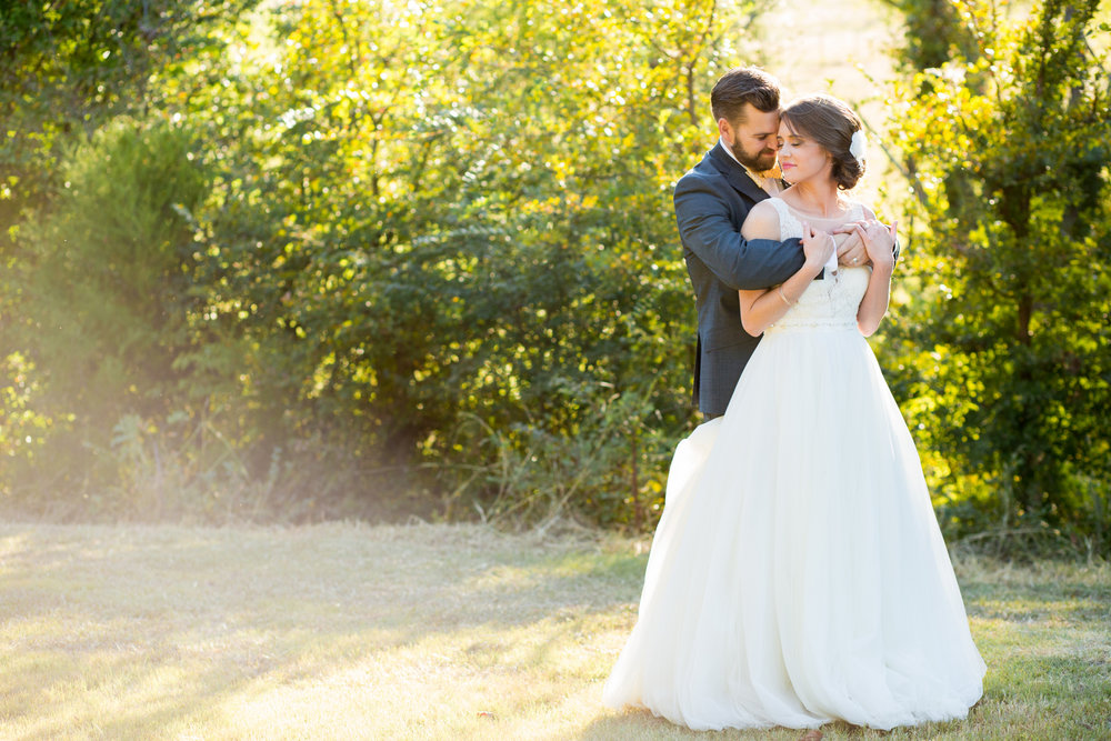 Kelsey & richard = waterstone vintage barn wedding