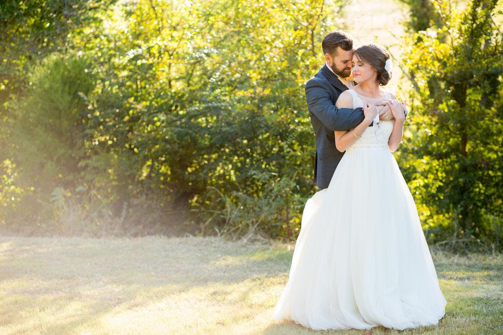 Kelsey & richard = waterstone vintage barn wedding