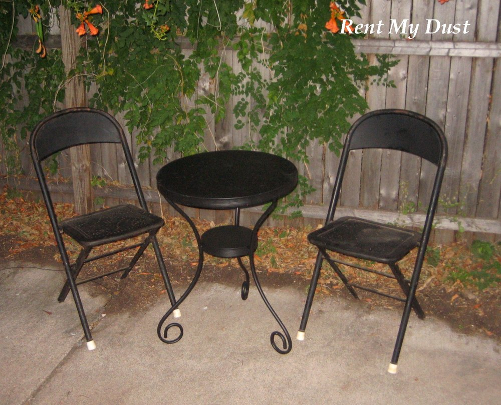 Black Metal Bistro Table With 2 Metal Chairs