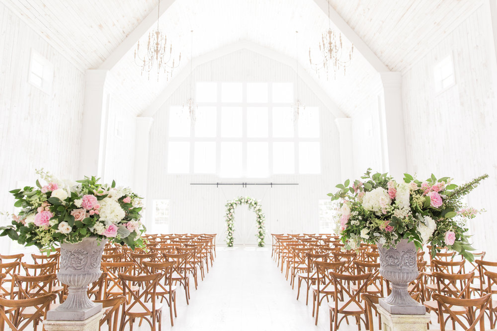 britney tarnos_white sparrow barn_rent my dust_amanda dallas wedding_ (26).jpg