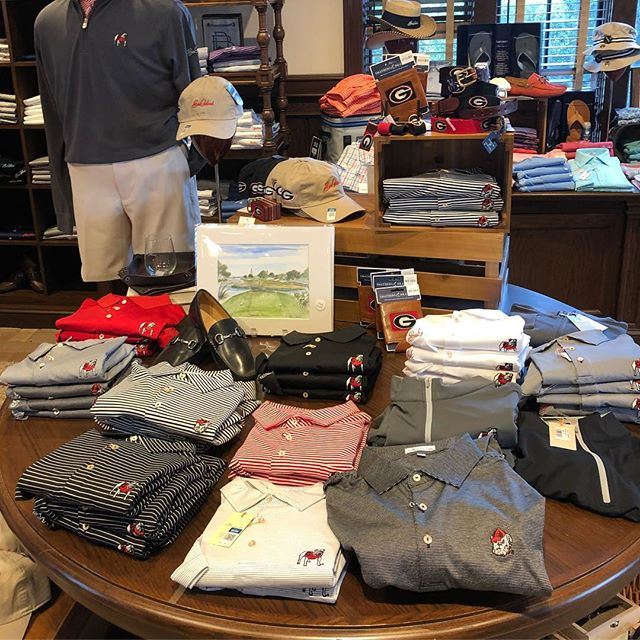 Again, every year I don't know which is better - That Sea Island carries Georgia gear, or that they don't carry other teams.