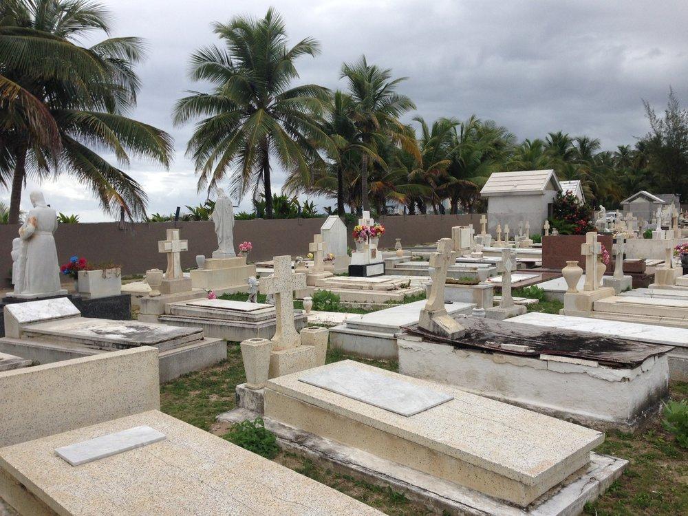 Cementerio Isla Verde, San Juan, Puerto Rico