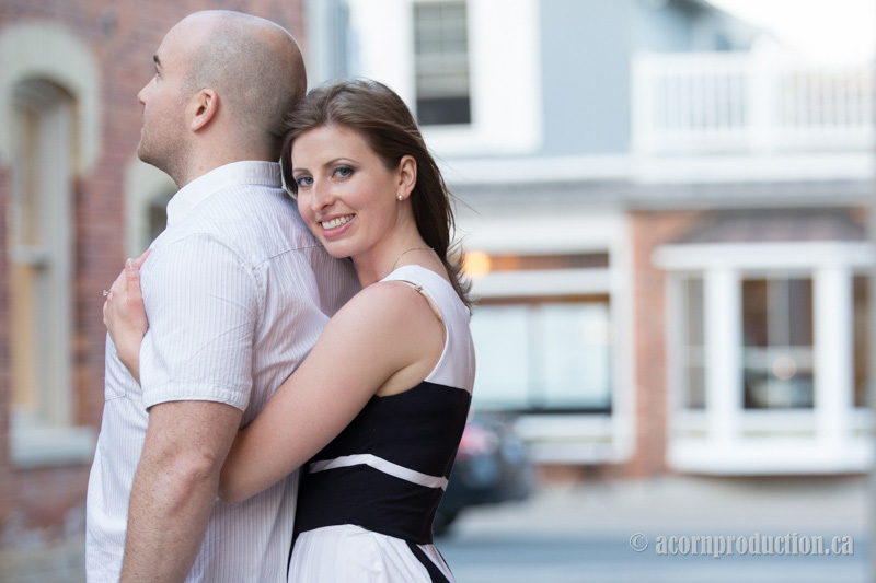markham-engagement-photography-unionville-main-street-14