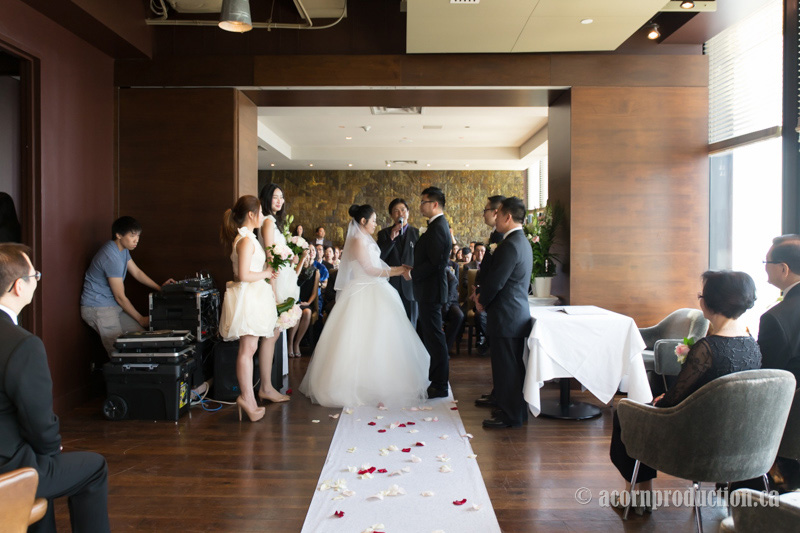 05-canoe-restaurant-toronto-wedding-venue