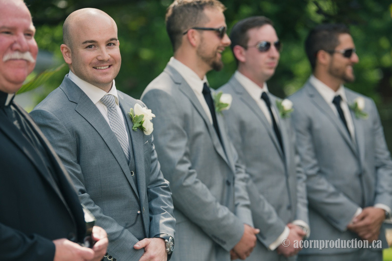 15-groom-groomsmen-Heintzman-house