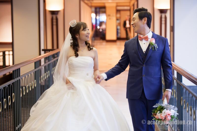 23-sheraton-hotel-wedding-bride-groom-walking