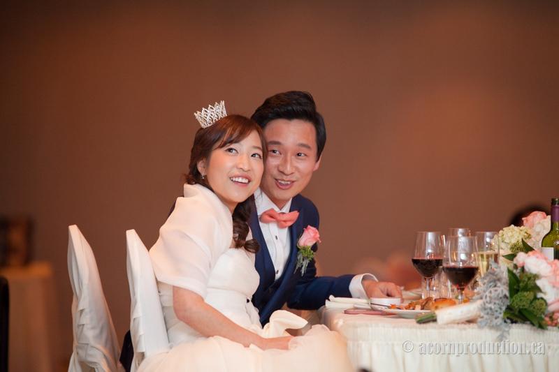 32-bride-groom-wedding-reception