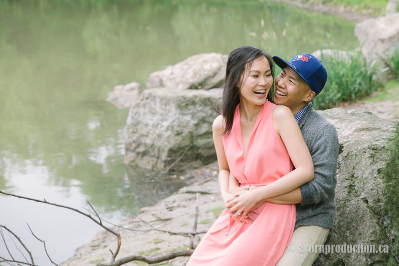 03-markham-engagement-photography
