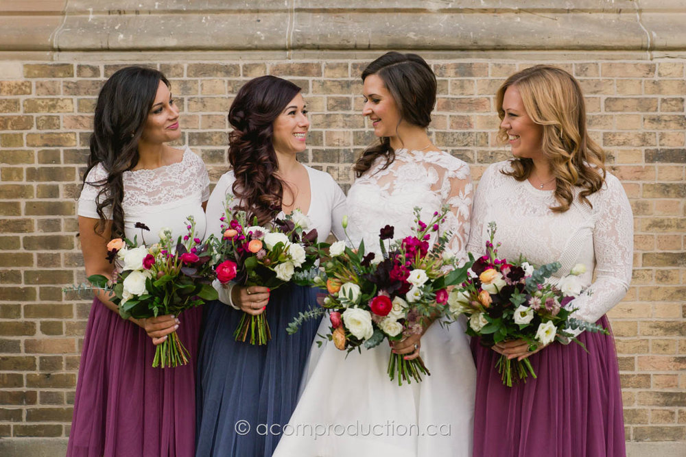 bride and her bridemaids