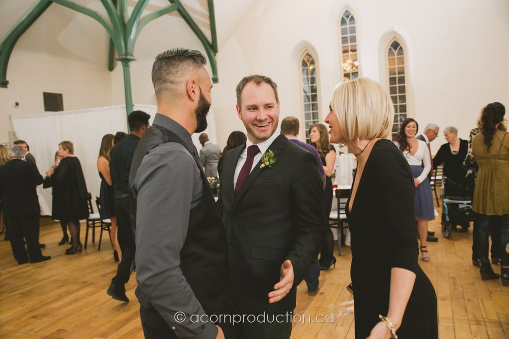 groom mingle with wedding guests
