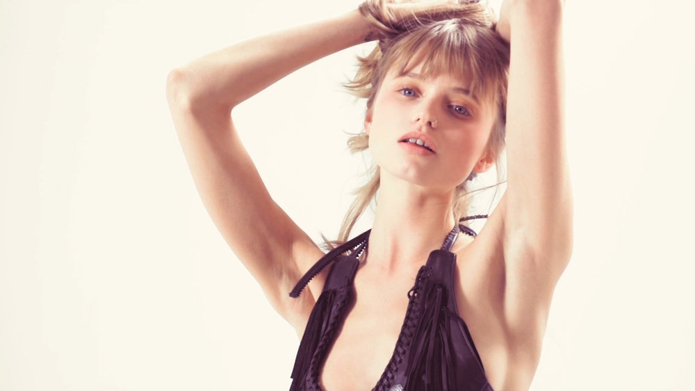 POP | ROBERT HAMADA | ABBEY LEE KERSHAW |