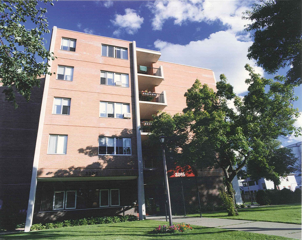 37th Street Manor. Image courtesy of the Minneapolis Public Housing Authority. MPHA does not endorse any candidate.