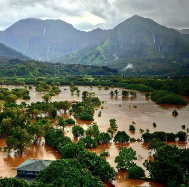 Kauai-hawaii-floods-mudslides.jpg