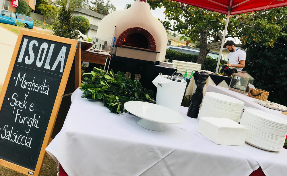 Isola's Mobile pizza oven -