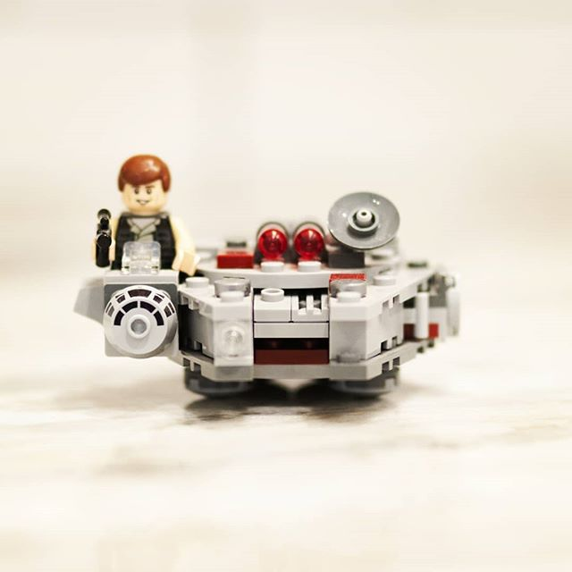 What's on YOUR counter? That's right...Han Solo in the Falcon cockpit. Who DOESN'T need one of these on their desk??!! . . . #legomicrofighters #millenniumfalcon #legostarwars #lego #starwars #hansolo #falcon #blasterpistol #spacebattle #spaceship #spacecraft #desktoy #toys #chewbacca #wookie #empirestrikesback #returnofthejedi #whatsonyourcounter #whatsonyourcountertop #granitecountertops #granitecounters #granite #heartlandgranite #hgq #topeka #topcity #forbesfield
