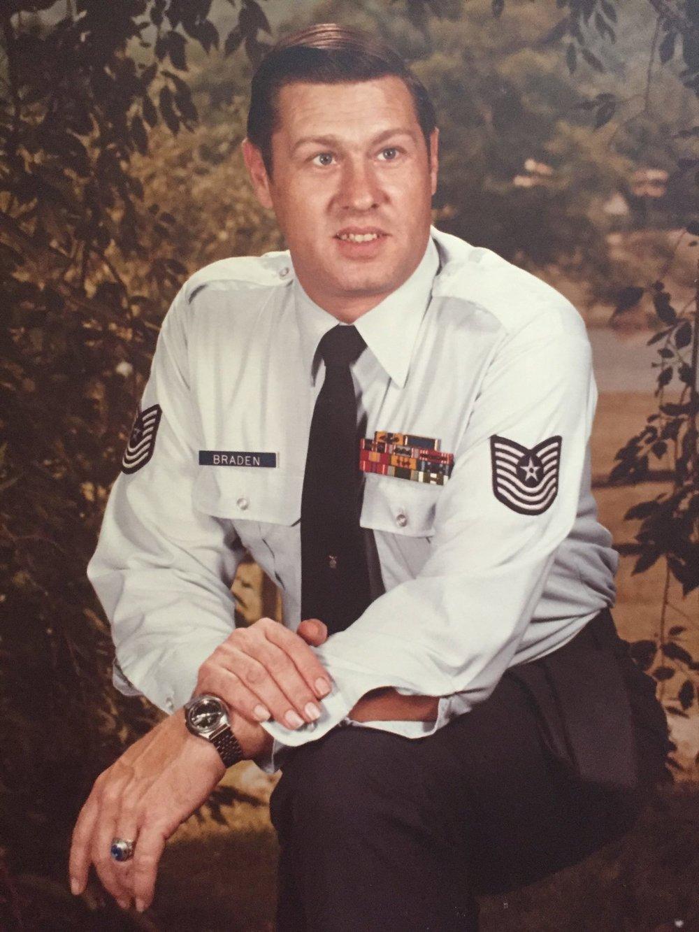 Robert D Braden Sr