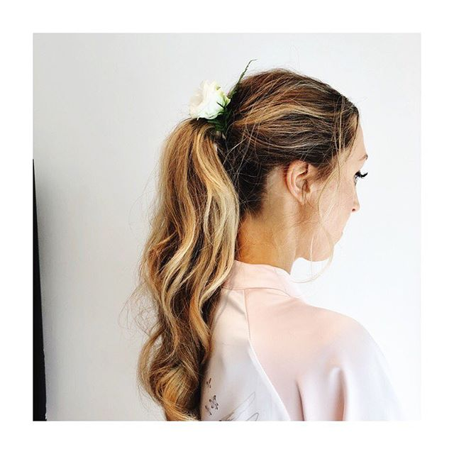Ponytail perfection for a naturally beautiful bride✨