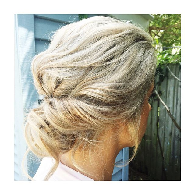 ~BRIDESMAID GOALS~ Tap if you agree Jemma has nailed this textured up style ✨