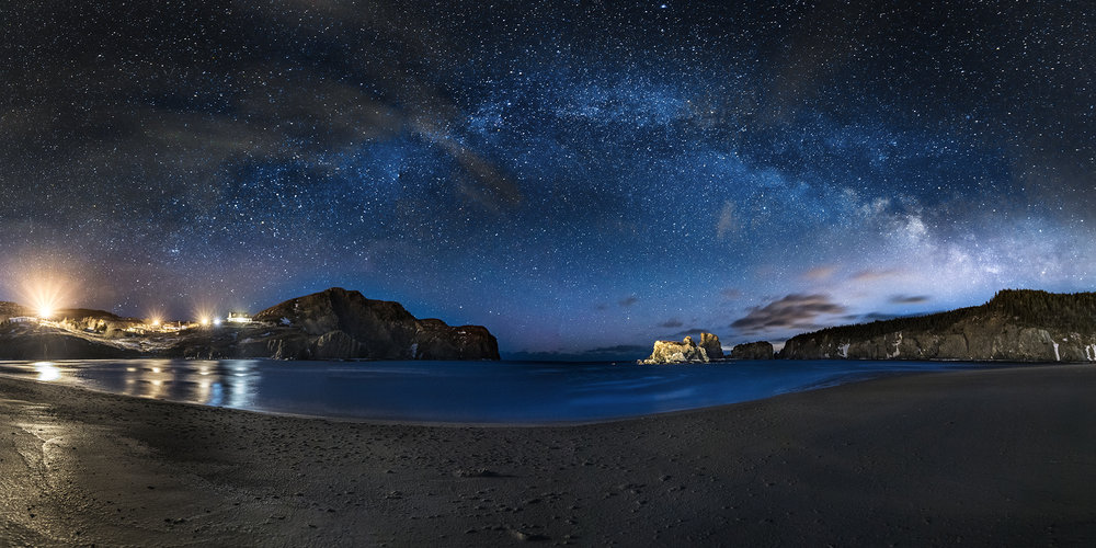 Salmon cove sands milky way Pano low resolution.jpg