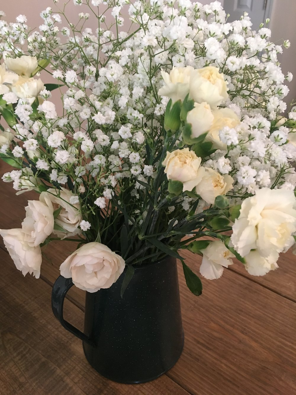 white floral bouquet.jpg