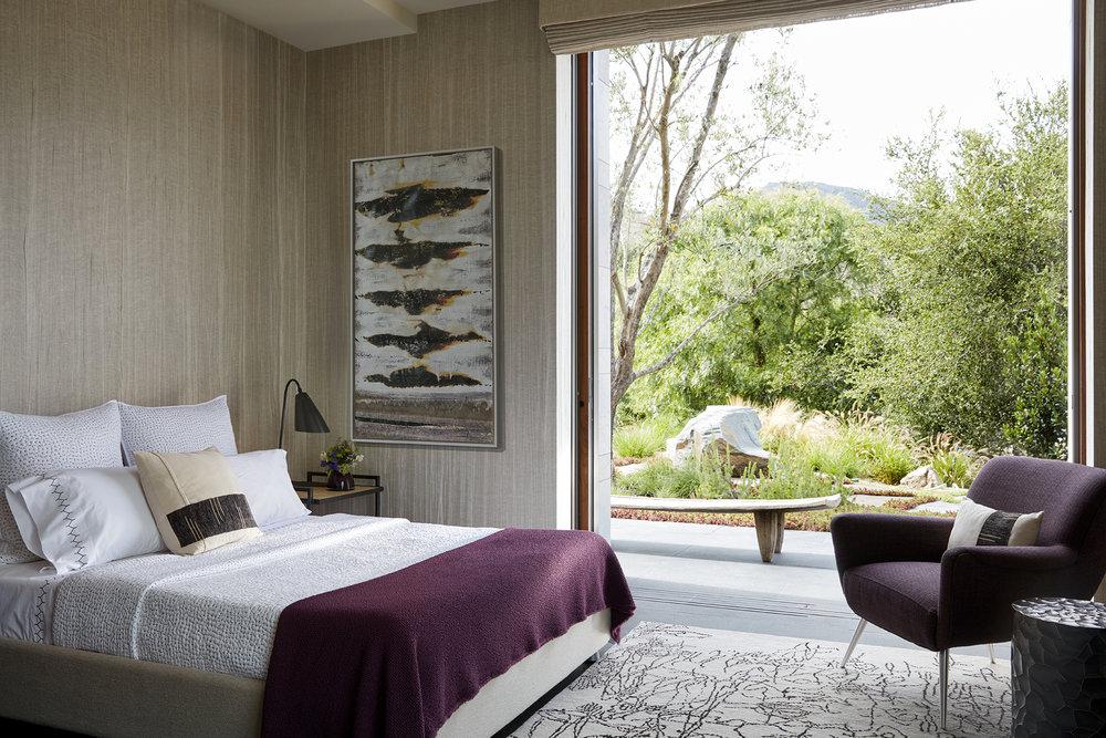 20) Guest Bedroom.jpg