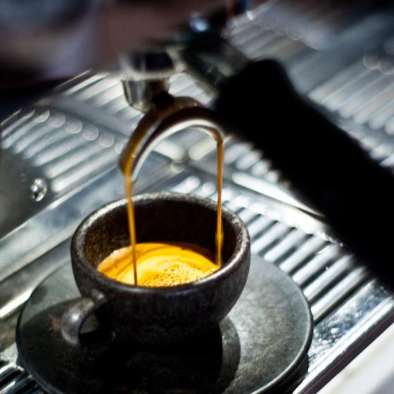 Kaffeeform-by-Julian-Lechner_dezeen_784_0.jpg