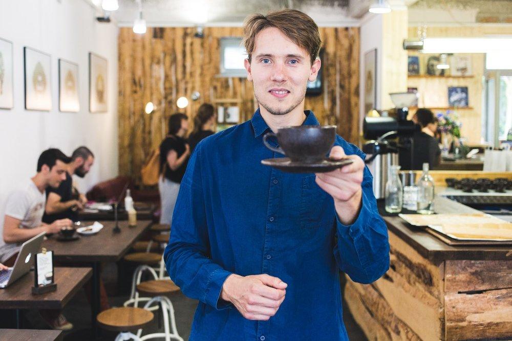 viertelvor-marcuswerner-kaffeeform-julianlechner-8.jpg