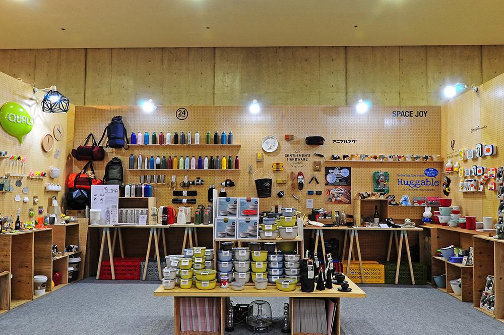 SPACE JOY CORPORATION2017 SEPTEMBER TOKYO GIFT SHOW - 新商品を取り揃え、2017秋冬のギフトアテムにぴったりのアイテムを紹介いたしました。人気のあったアイテムを中心に振り返っていきましょう。