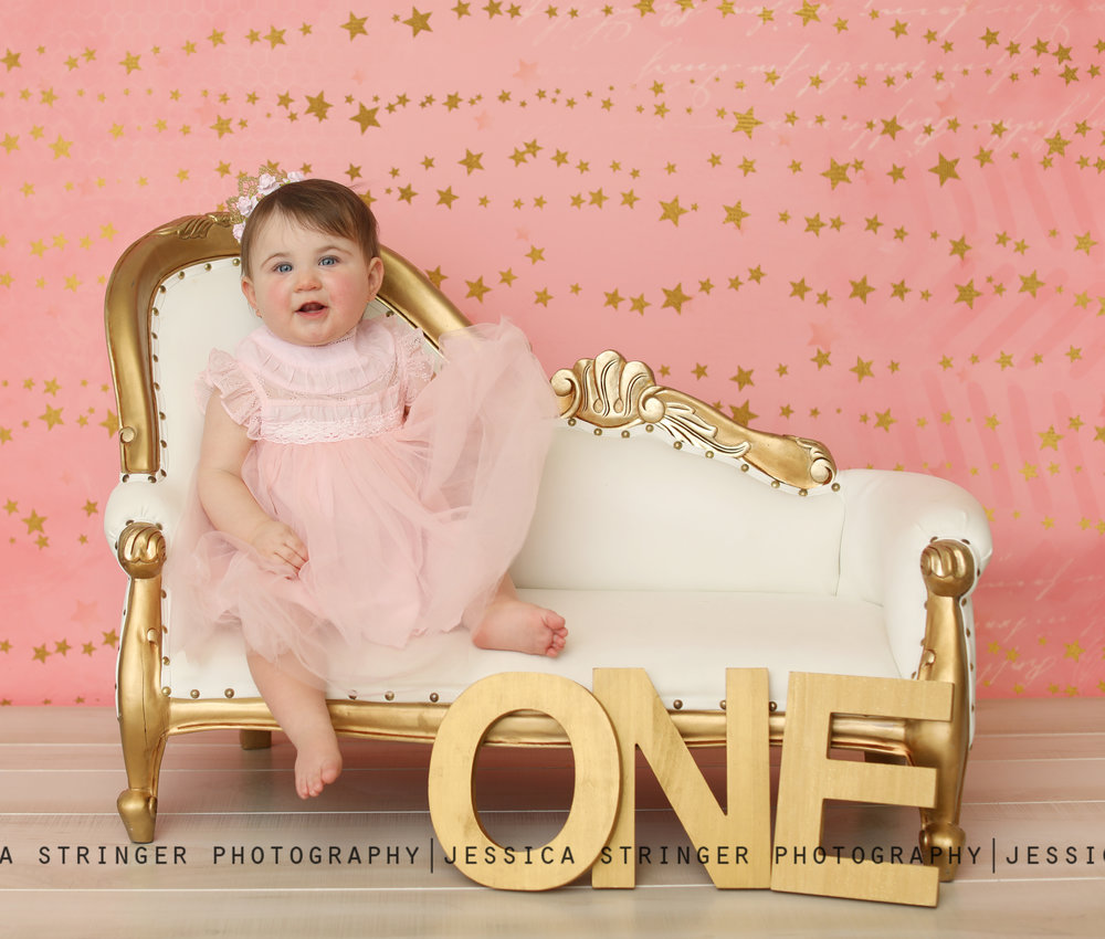 Pink and gold first birthday sessions are absolutely my favorite! I love using this little couch <3