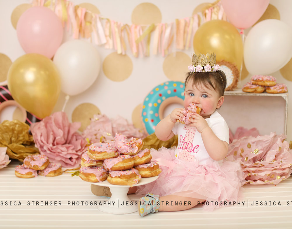 cake smash photos donut theme