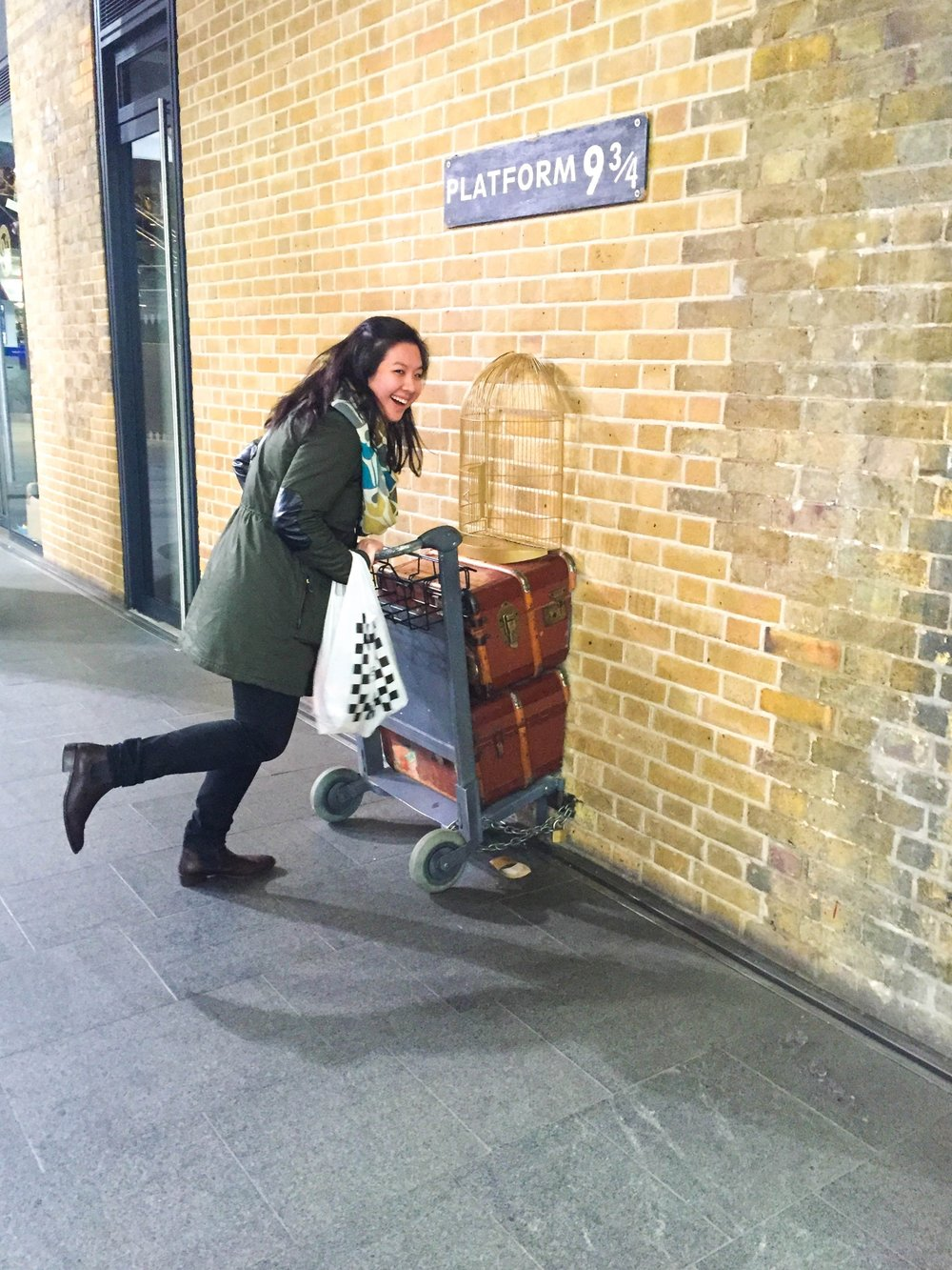 Platform 9 3/4 in London, England