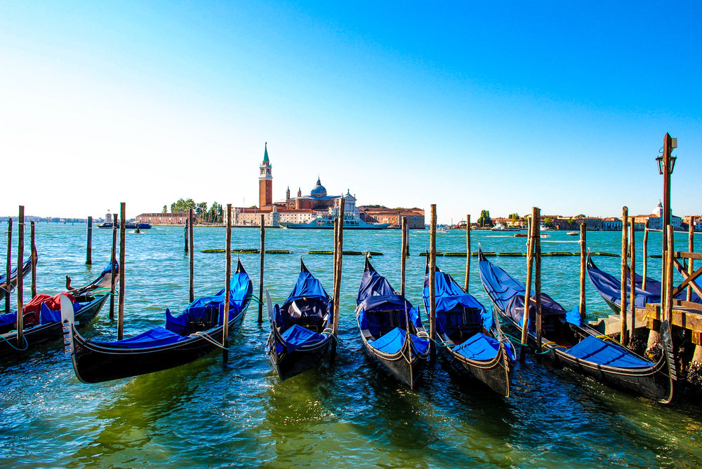 Gondolas  - Gondolas aren't really meant for transportation anymore. It's more of a tourist gimmick. You choose where you get on by walking to the gondola and you can choose the route. Rates are set by the city of Venice: €80 for 40 minutes and 20-minute increments are €40. After 7 p.m., it is €100 for 40 minutes and €50 for an additional 20 minutes. Four people can split this cost and share a boat.