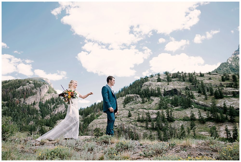 bride and groom first look, first look in maroon bells wilderness wedding, adventure wedding, adventurous colorado wedding photographer, intimate colorado wedding photographer, marble colorado wedding