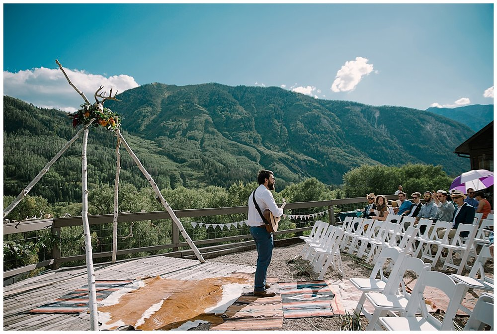 outdoor colorado wedding ceremony, marble lodge wedding, marble colorado wedding, adventure wedding, adventurous colorado wedding photography