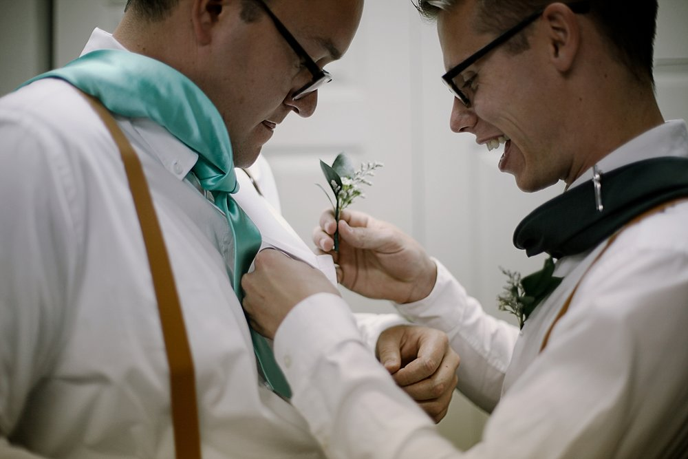 groomsmen getting ready, breckenridge colorado wedding, breckenridge colorado wedding photographer, the church at agape outpost wedding